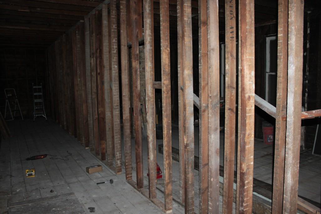 Temporary wall
