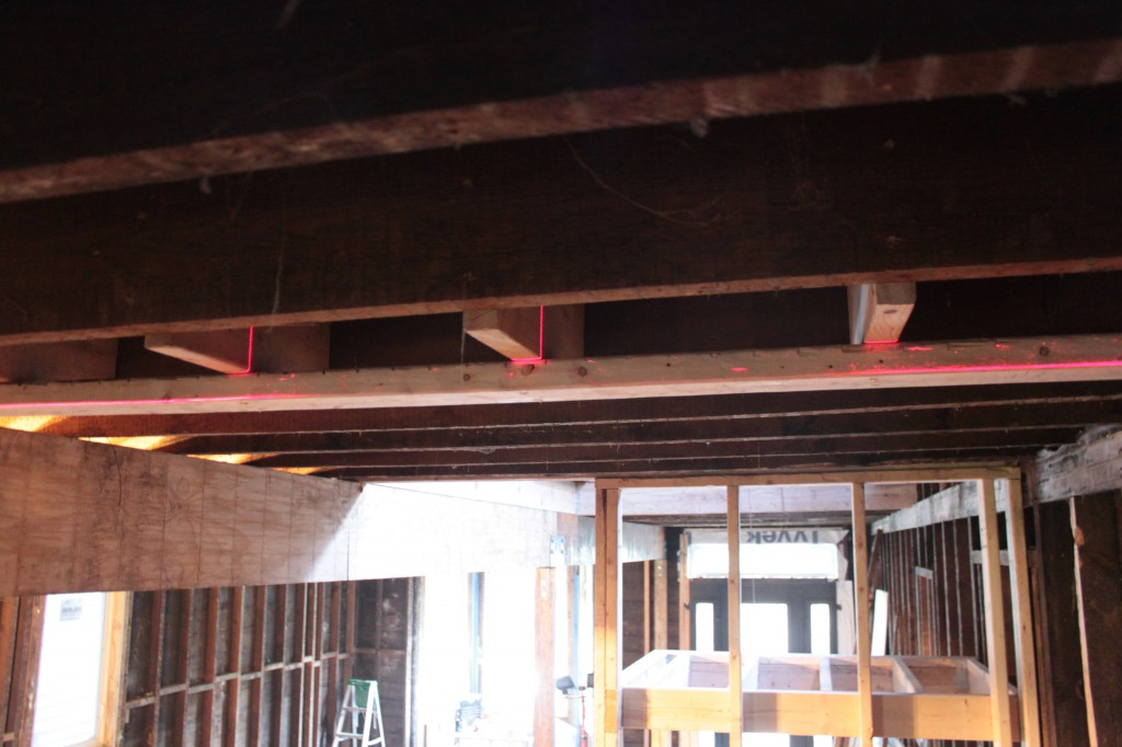 Level blocking, un-level ceiling joists